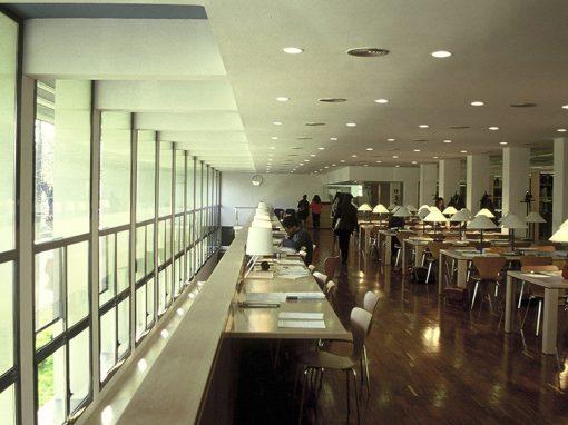Escuela de Enfermería y Biblioteca en Lleida