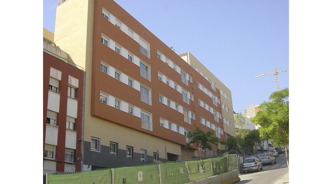 viviendas-calle-llobregos-en-barcelona-01