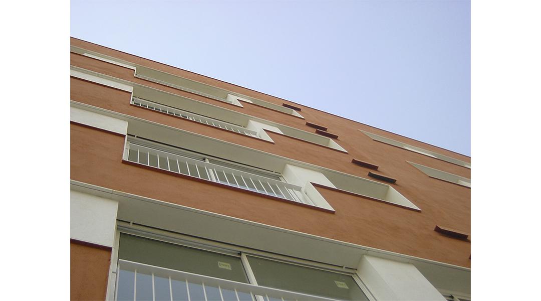 viviendas-calle-llobregos-en-barcelona-04