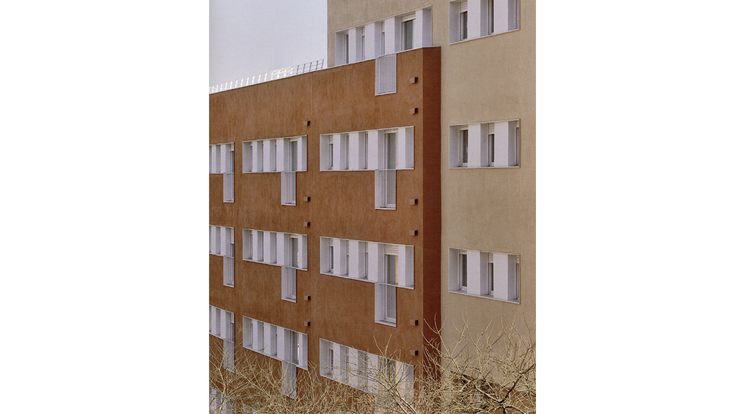 viviendas-calle-llobregos-en-barcelona-05