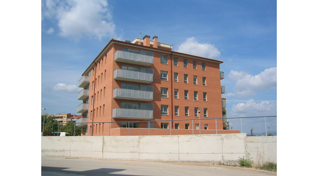 edificio-plurifamiliar-palleja-01