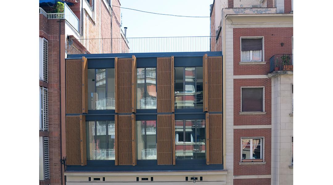 6-nuevas-viviendas-en-calle-marina-285-05
