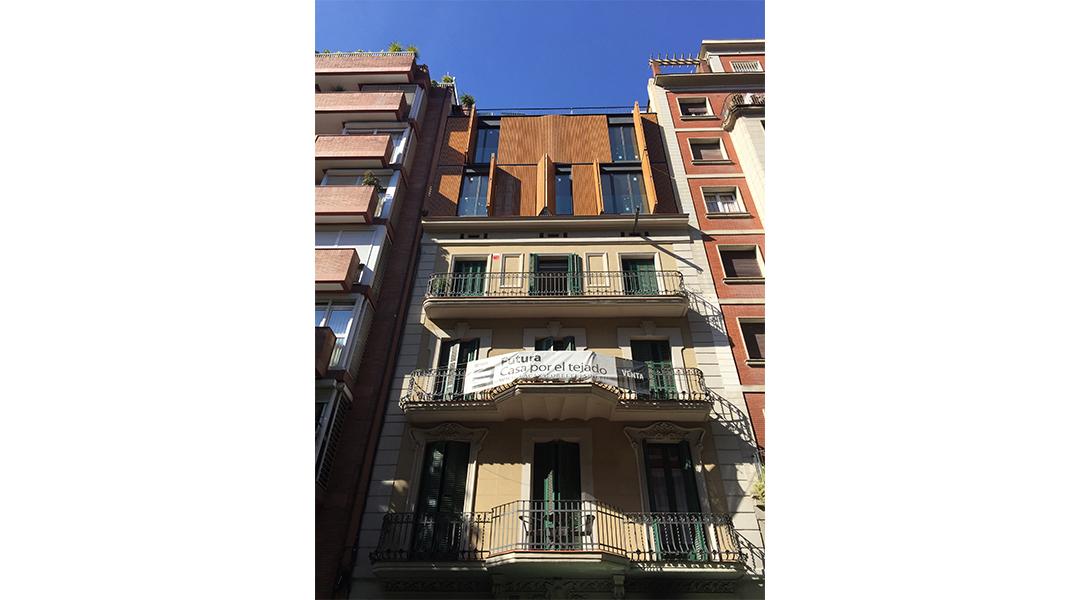 6-nuevas-viviendas-en-calle-marina-285-06