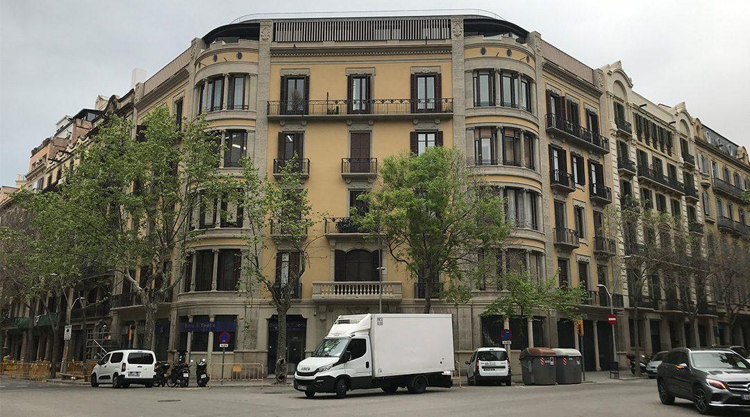 Finalizan las obras de remonta de la calle Casp 80, Barcelona